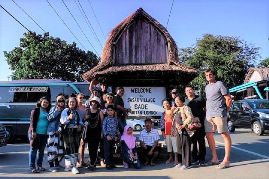 Paket-Wisata-Lombok-3-Hari-2-Malam